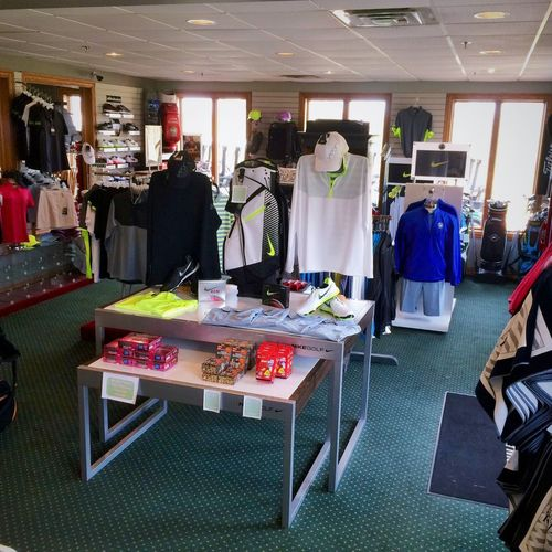 Interior shot of the pro shop at Autumn Ridge